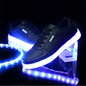 BASKET Chaussures LED Femme Homme USB Rechargeable 8 C...