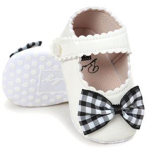BOTTE Fille Bébé Chaussures Type de coeur Chaussures à semelle souple antidérapante Crèche Chaussures@NoirHM ES4EXTOwPf