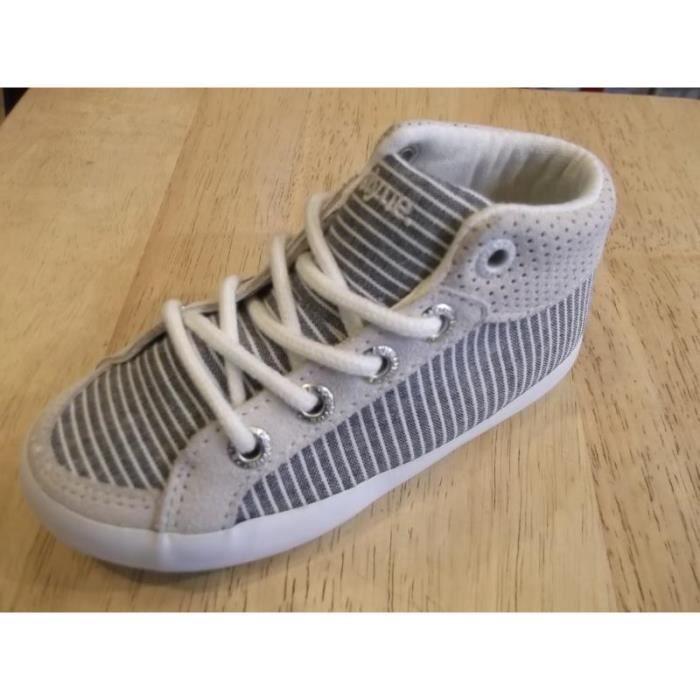 Chaussures enfants. Baskets mixtes à lacets en toile FEIYUE P24