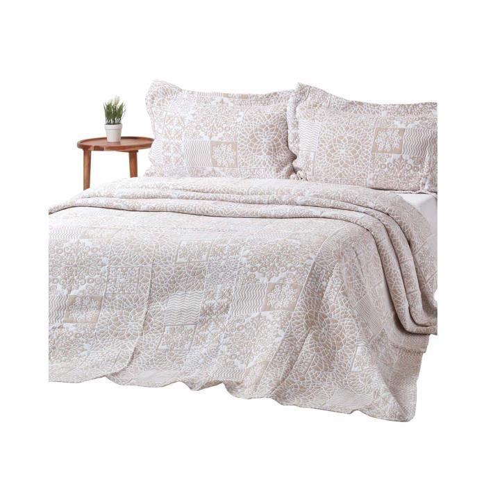 couvre lit beige style patchwork effet mosa que en. Black Bedroom Furniture Sets. Home Design Ideas