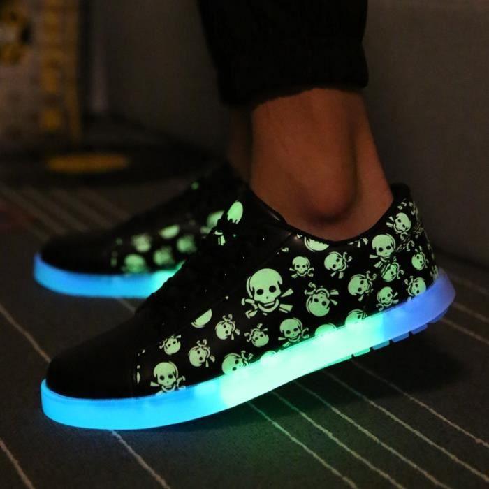 Nouvelles chaussures Led lumineuses Femmes Hommes Mode Chaussures Casual Chaussures fluorescentes Glowing pour les adultes