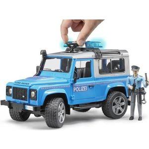 BRUDER - 2597 - Véhicule police LAND ROVER Defender Station avec Policier - Echelle 1:16 - 28 cm