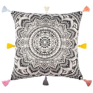 COUSSIN Coussin carre dehoussable 40 x 40 cm motif Mandala