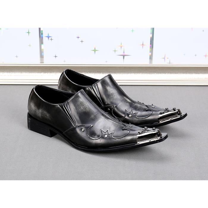 Hommes Mocassins Design brevet de mariage et chaussures style banquet Man Flats Chaussures de pointe en métal Chaussures de mariage
