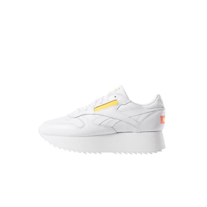 8708d460dc8a Reebok Femme Chaussures / Baskets Classic Leather Double Blanc ...