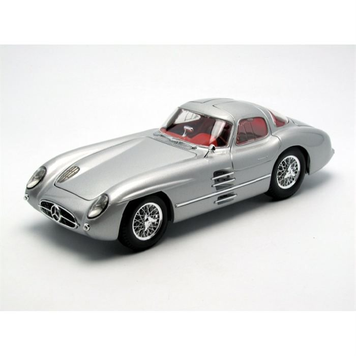 Maisto Voiture de collection 1/18 Mercedes benz 300 slr ullenhaut coupe
