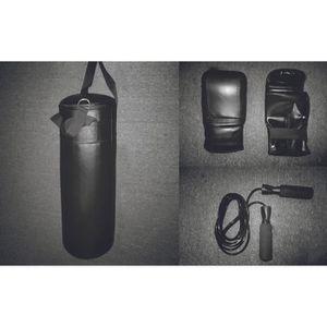 SAC DE FRAPPE Kit de Kick Boxing 3 pièces BTK