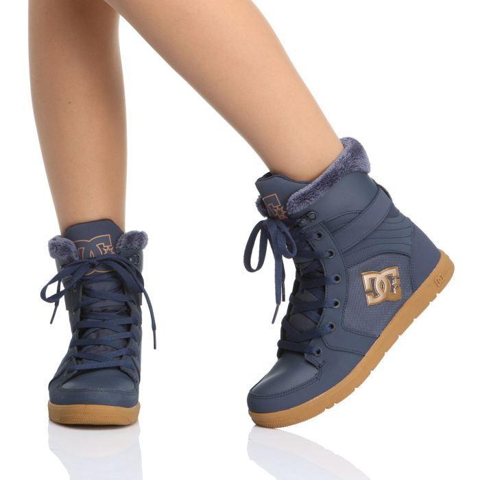 dc shoes skate shoes stratton femme femme marine et marron achat vente dc shoes stratton. Black Bedroom Furniture Sets. Home Design Ideas