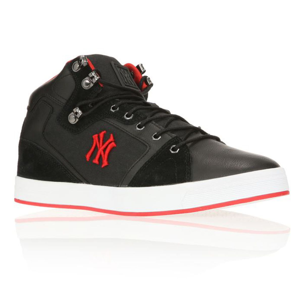 c2af13a3ff08 NEW YORK YANKEES Baskets Armajow Homme Noir / Rouge - Achat / Vente ...