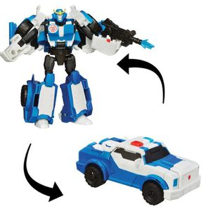 FIGURINE - PERSONNAGE TRANSFORMERS Robots in Disguise - STRONGARM - Figu